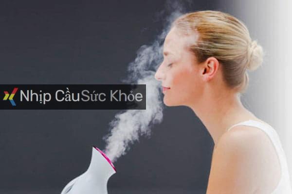Sử dụng tinh dầu Aroma để xông mặt
